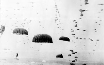 1940_0510: First Over the Waal_Alt Image